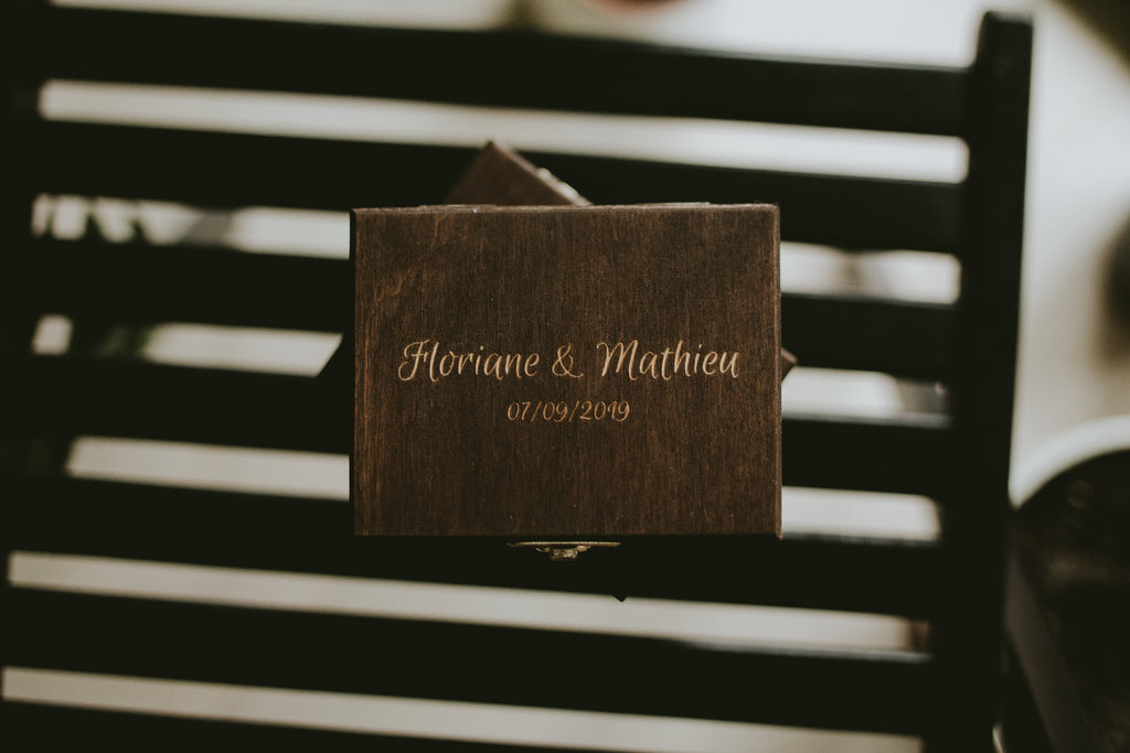 dark wooden boxes for wedding photographers