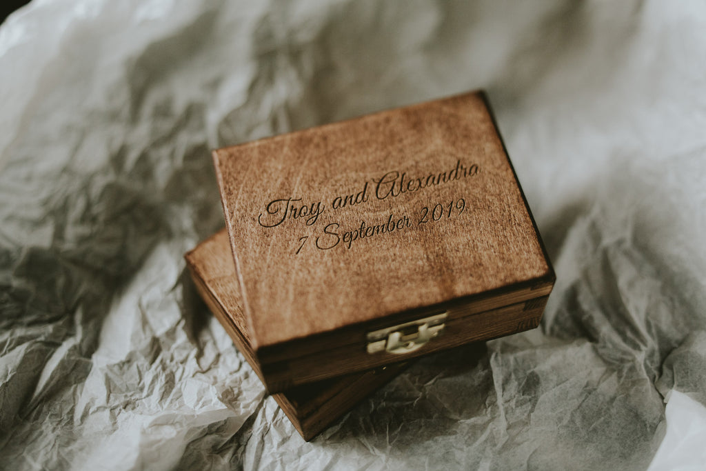 wooden boxes for wedding photographers