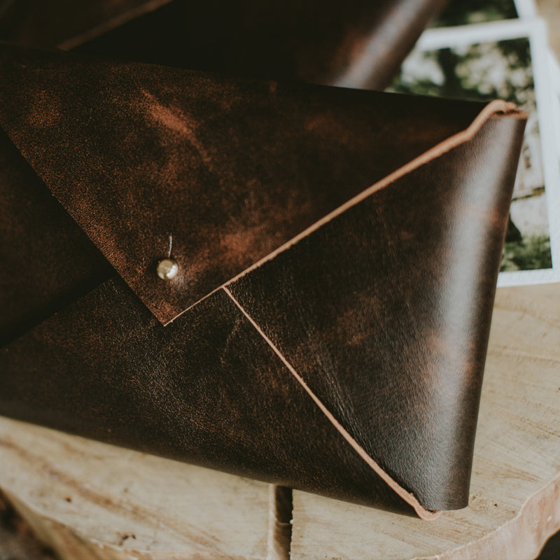 Vintage Crack Leather | Dark Brown | Limited Edition