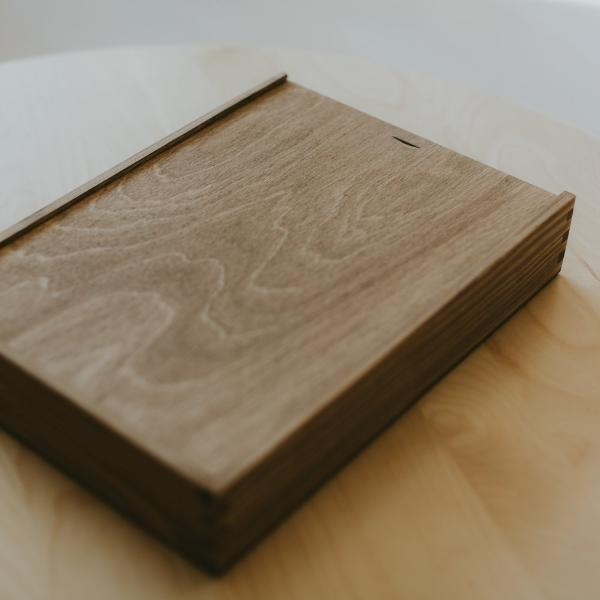 Rectangular wooden box for 8x12 prints