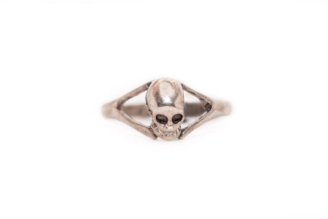 Gothic Mansion Skull Ring