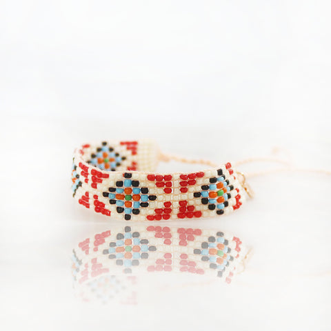 "The Saffron in Love ""Love Bead"" Bracelet"