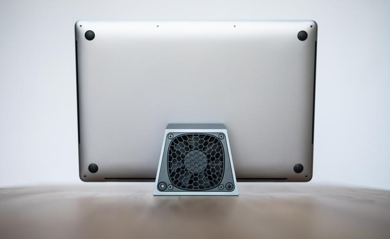 SVALT Cooling Dock Pro (D2 Pro) with MacBook Pro 16-inch