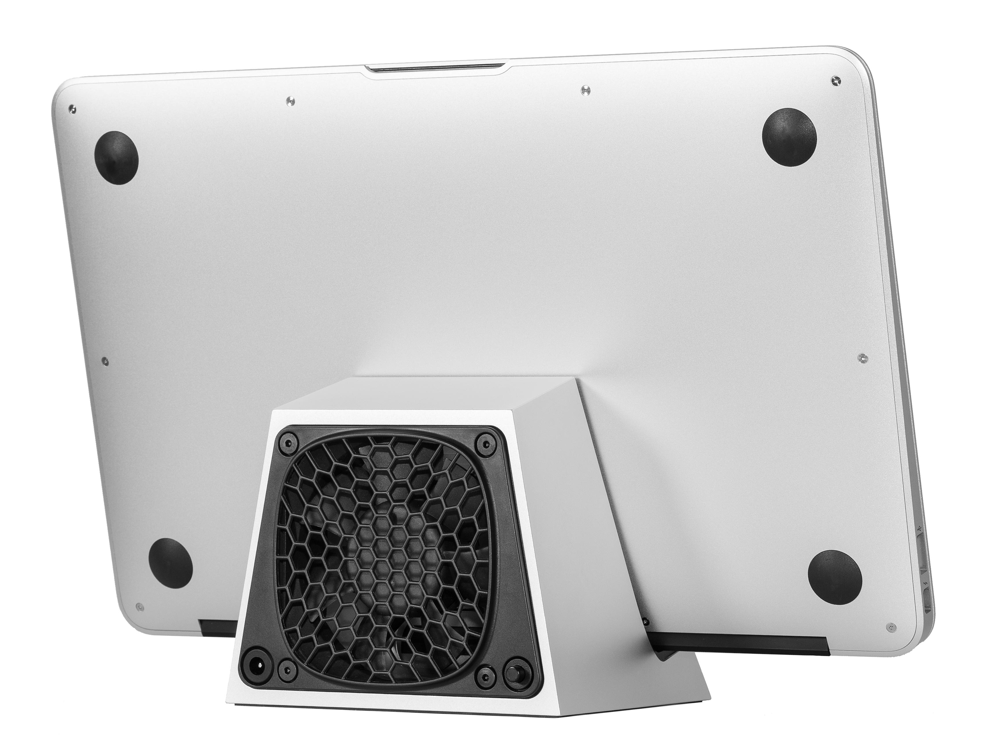 SVALT D Performance Cooling Dock with Apple MacBook Air 11-inch display back view