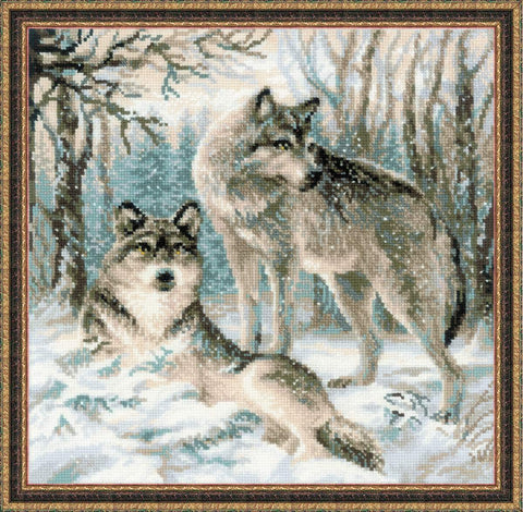 "RIOLIS 1393 - Pair of Wolves - Counted Cross Stitch Kit 15.75""x15.75""   Zweigart 10ct. White AIDA 16 Colors"