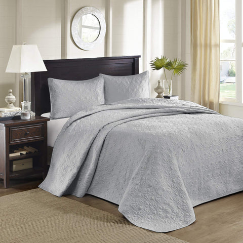 Madison Park Quebec King Size Quilt Bedding Set - Grey , Damask – 3 Piece Bedding Quilt Coverlets – Ultra Soft Microfiber Bed Quilts Quilted Coverlet Oversize King