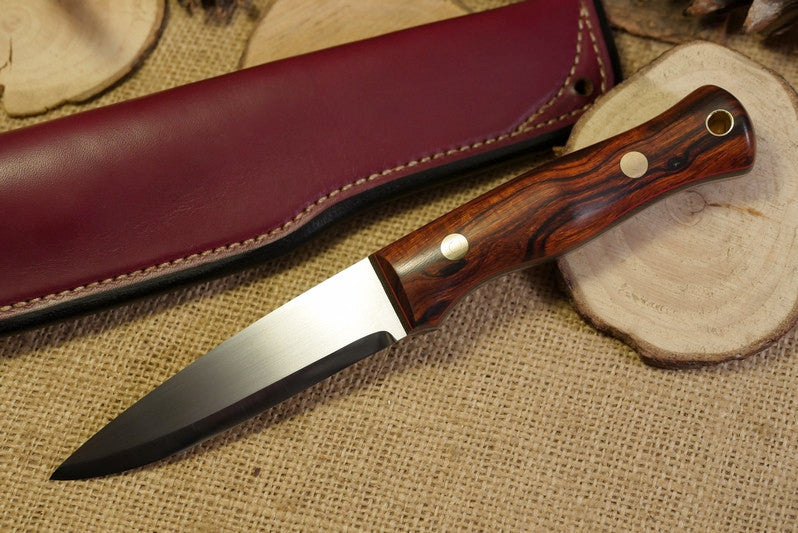 Mountaineer bushcraft knife; arizona desert ironwood