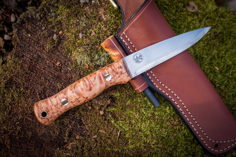 Mountaineer bushcraft knife, karelian birch