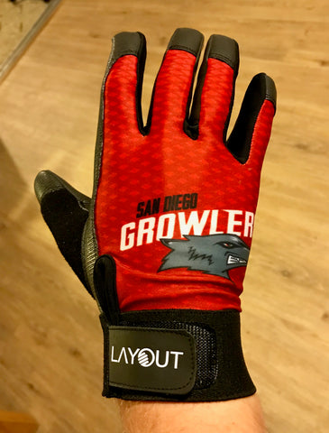 LAYOUT Growler Branded Gloves