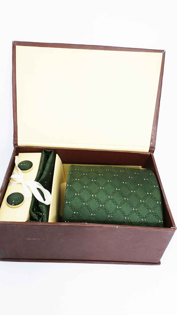 Aristocrate Green silk tie cuff link and handkerchief set