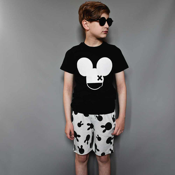 Beau Loves Inky Black Mouse Fin T-shirt from Yellow Lolly