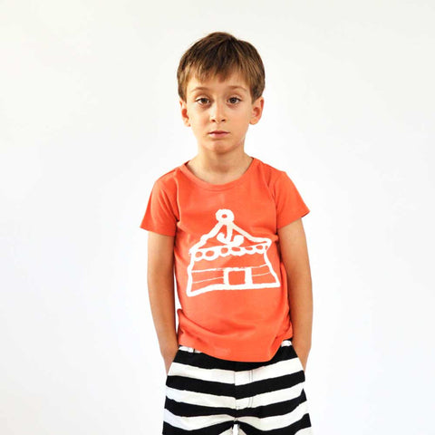 Boy wearing Nadadelazos Red Yurt T-Shirt - Yellow Lolly
