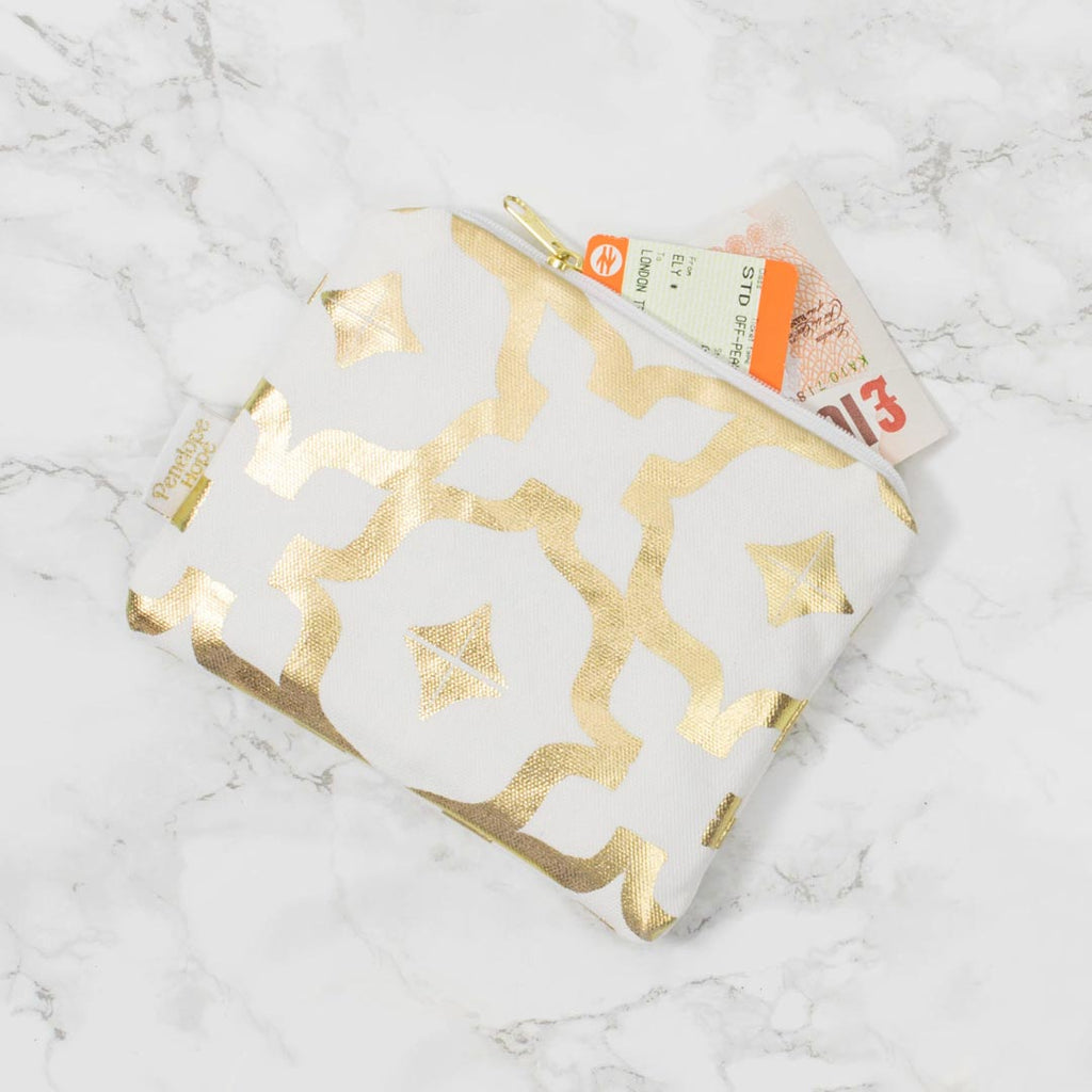 Moroccan Tahaa White & Goldl Purse by Penelope Hope