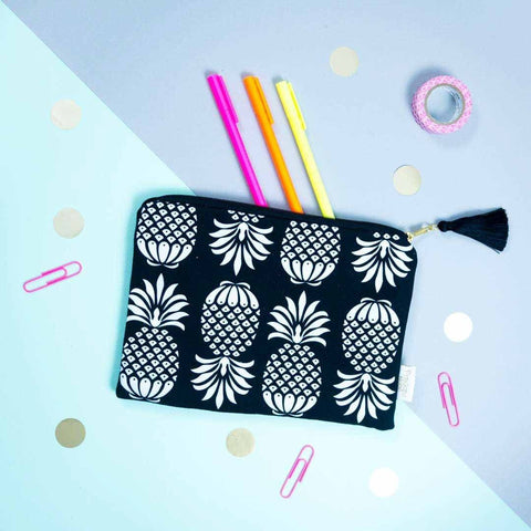 Pineapple Pouch Black & White | Penelope Hope