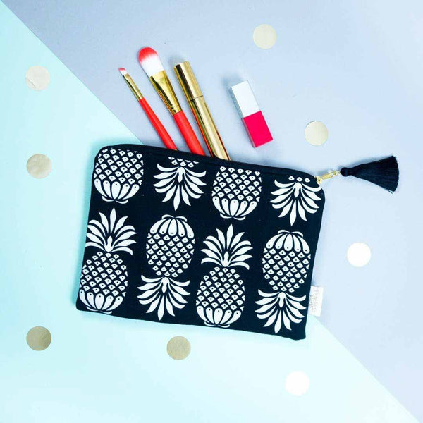 Pineapple Pouch Black and White by Penelope Hope