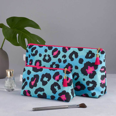Teal Leopard Print Wash and Makeup Bag Set