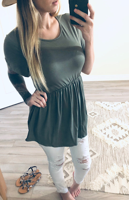 Amy Blouse in Olive