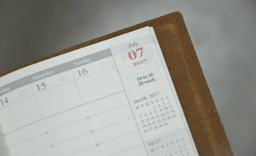 traveler's notebook calendar detail