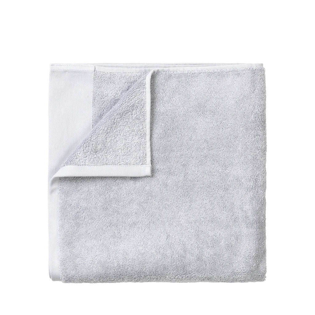 Blomus Riva Organic Cotton Towel in Micro Chip