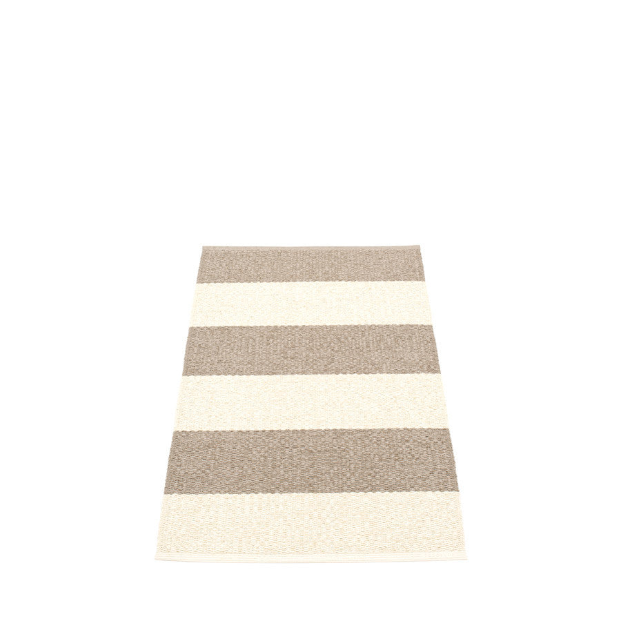 Pappelina Swedish Rug in Bob Mud