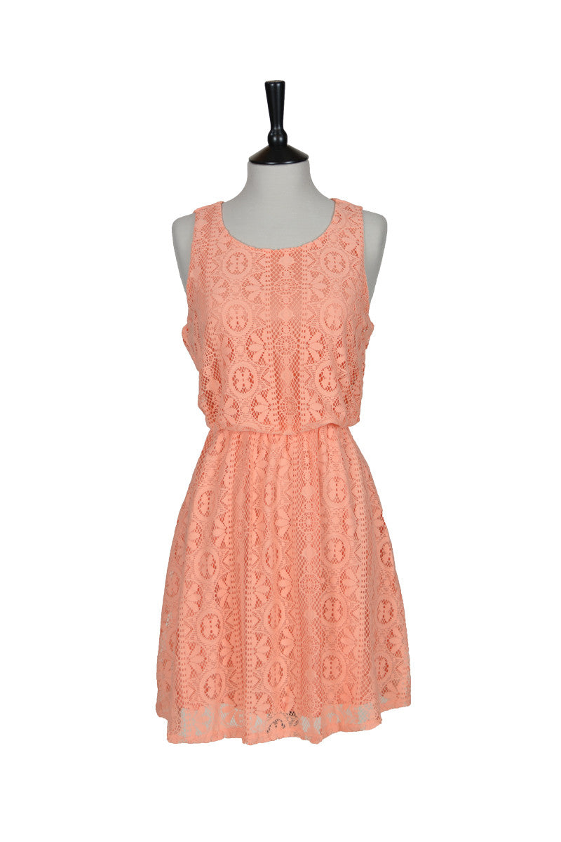 Matilde Sleeveless Lace Dress - Peach