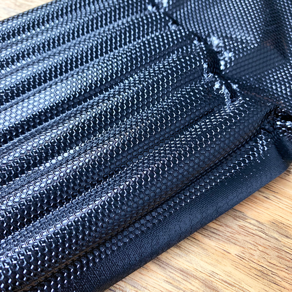 "Pint 6"" X 10"" Black Backed Vacuum Seal Bags - Bulk - Perfect for Display - honeycomb pattern"