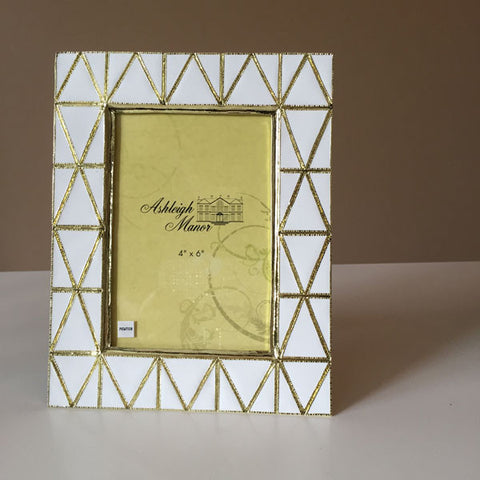 ASH 003 Picture Frame 4 x 6 PYRAMID 7453-1002-46