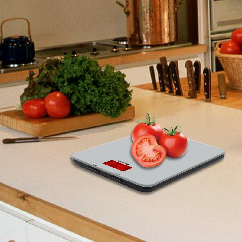 Accuweight AW-KS001BOS Weighing Tomato in Kitchen