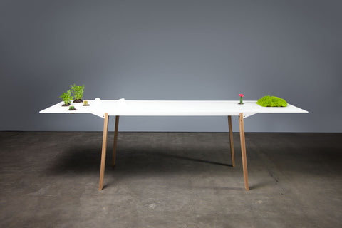NON TOPO TABLE