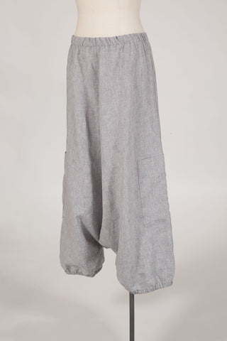 edgy linen knickerbockers by Hall Greytown