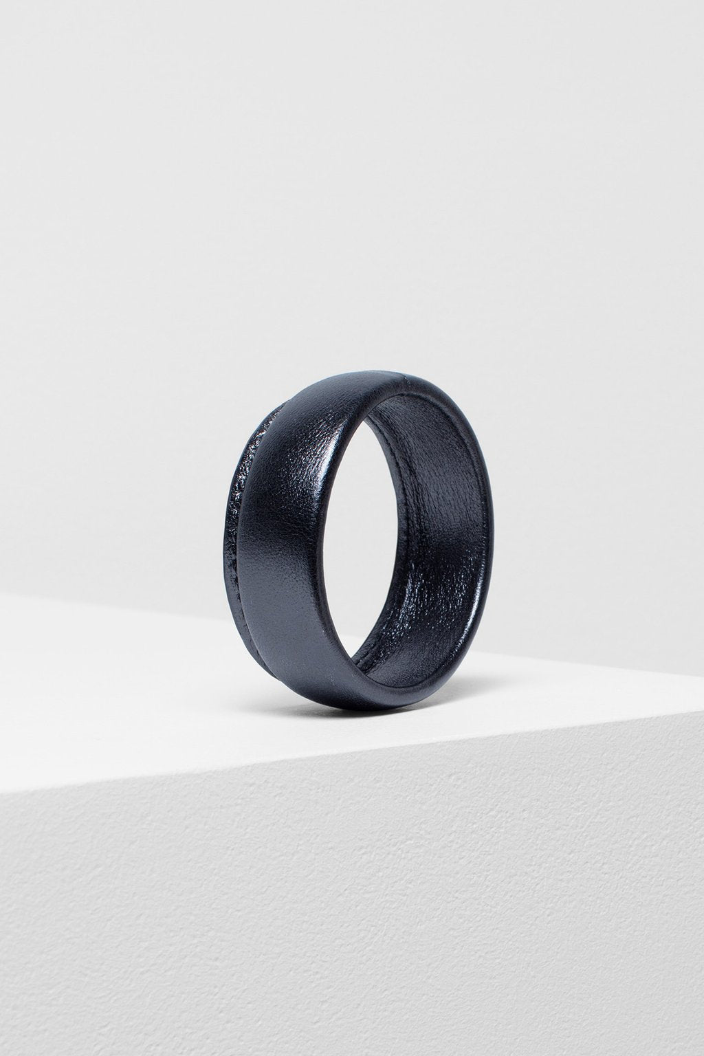 Elk Salla Bangle B0660 Gunmetal