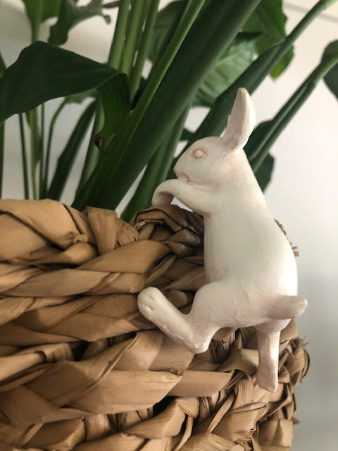 Hanging Bunny Ivory