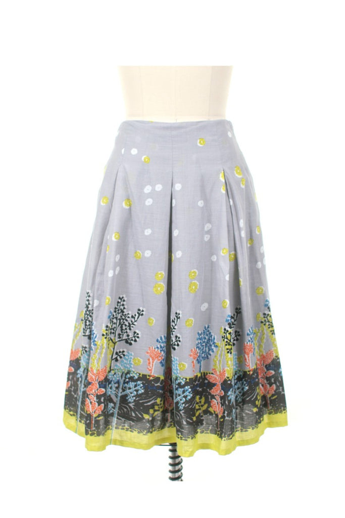 Border Print Skirt in Grey