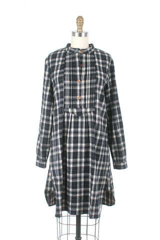Cabin Plaid Dress in Grey
