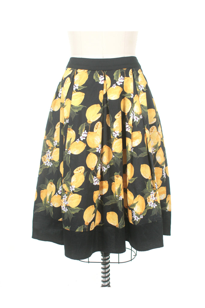 Lemon Skirt in Black