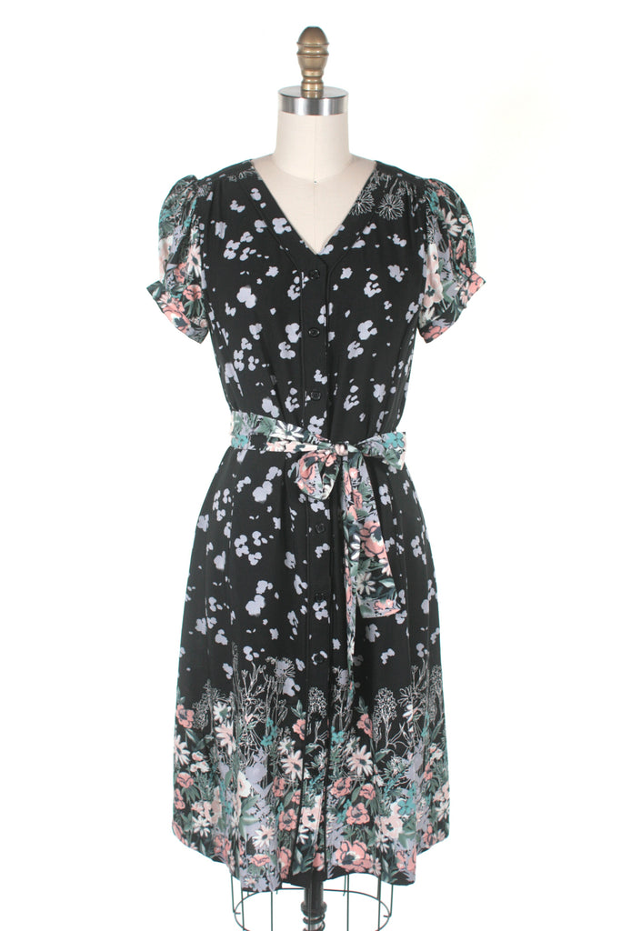 Josie Floral Dress in Black - last size S!