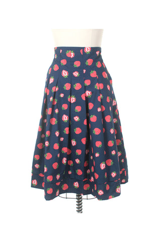 Strawberry Skirt in Navy