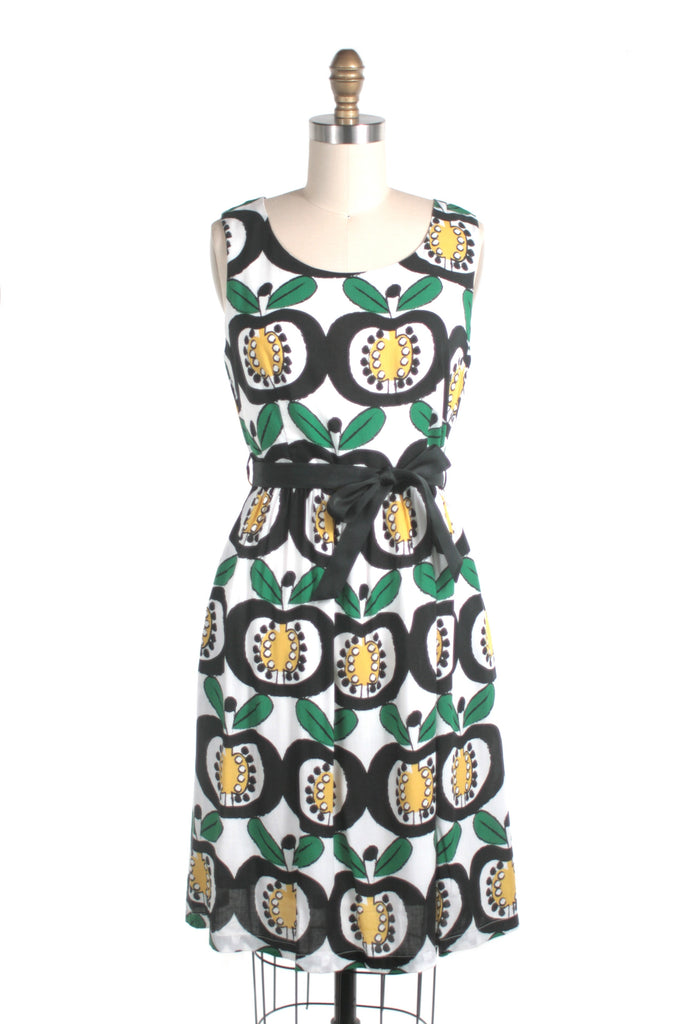 Mod Apple Dress in Black/Yellow