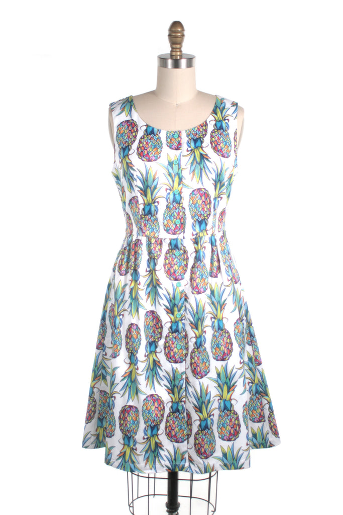 Pineapple Button Dress in White Multi - last size xl!