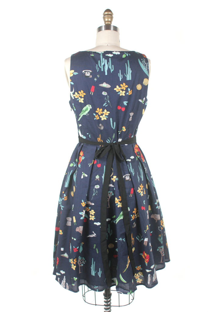 Sleeveless southwest print dress in navy