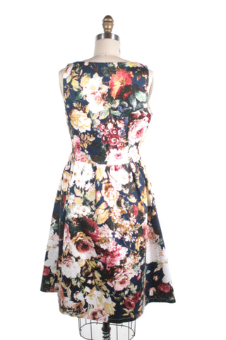 Antique Rose Dress in Navy - last size S!