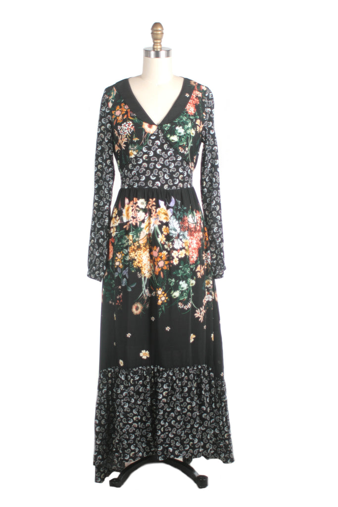 Flower Maxi Dress in Black multi