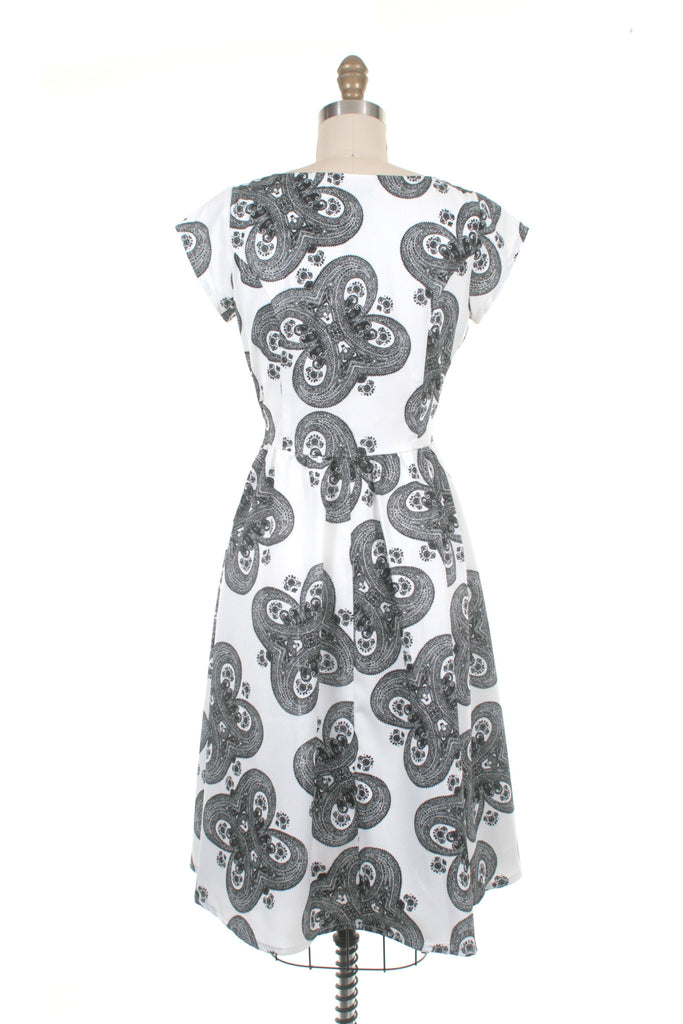Medallion Dress in White/Black - last one XS!