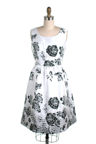 Rose Jacquard Dress in White - last size S!