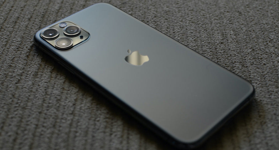 Place iPhone 12 Facedown