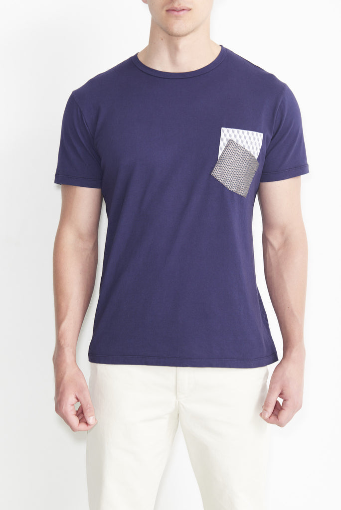 Double Pocket Cube Shiny Scale T-Shirt