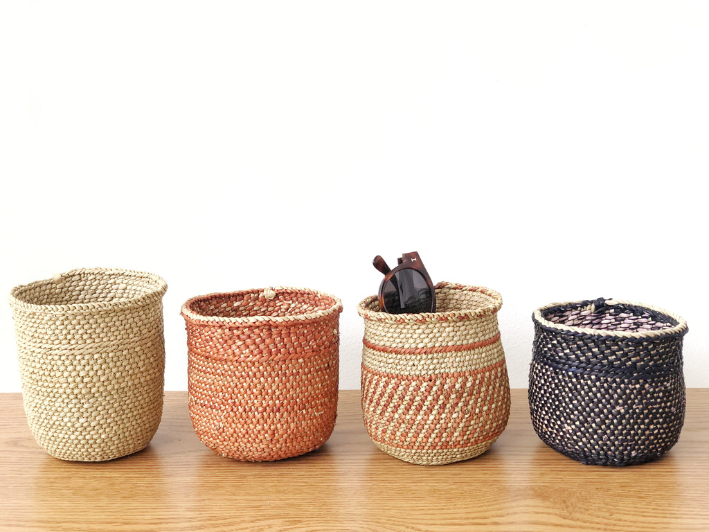 Handwoven Grass Basket Mini