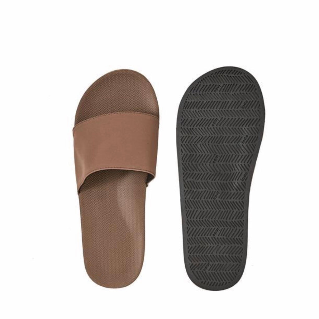 Men's Essentials Slides | Soil