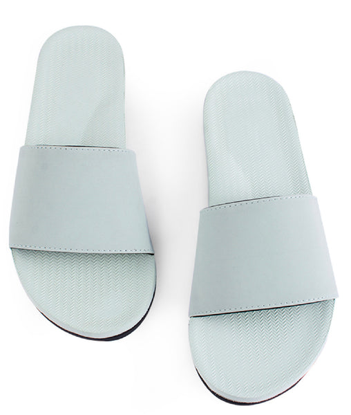 Women's Essential Slides | Light Leaf