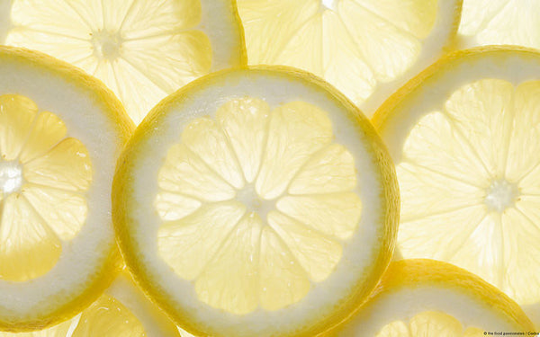 3 Ways you can use Lemon to help you clean your bathroom